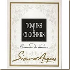 tocques and clochers
