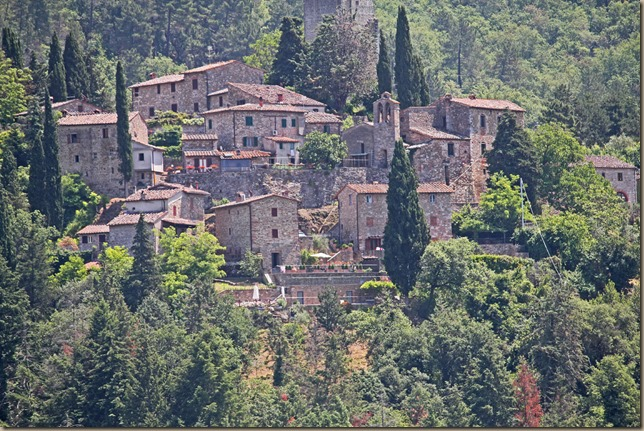 a-tuscan-village