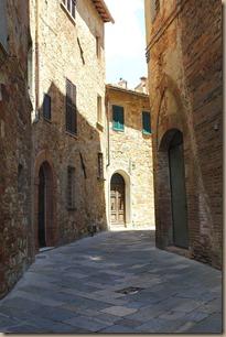 montepulciano-ground